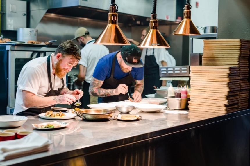 Restaurants 'caught between rock and hard place' with PST introduction, higher alcohol taxes