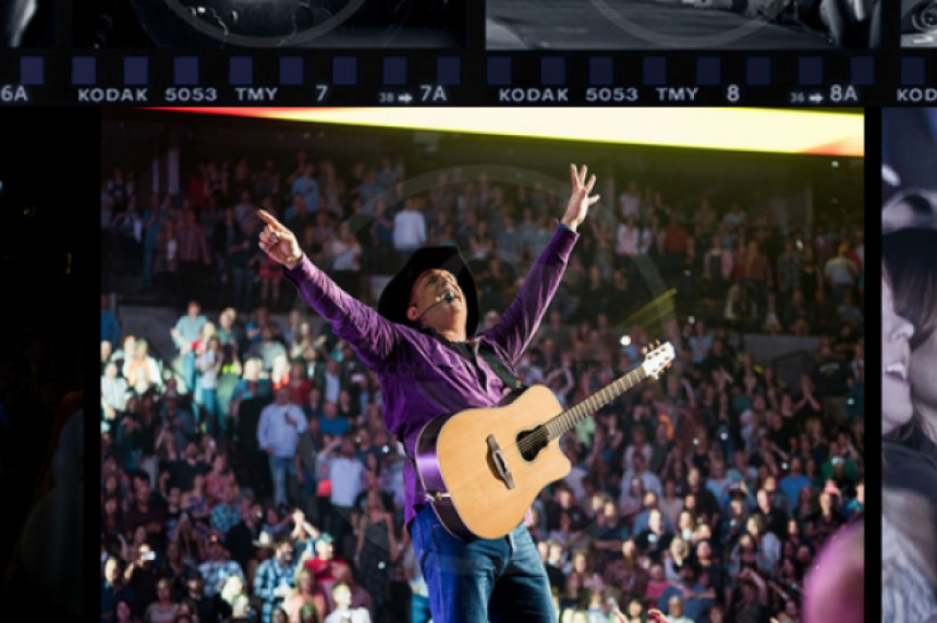 Garth Brooks releases more tickets for Saskatoon shows