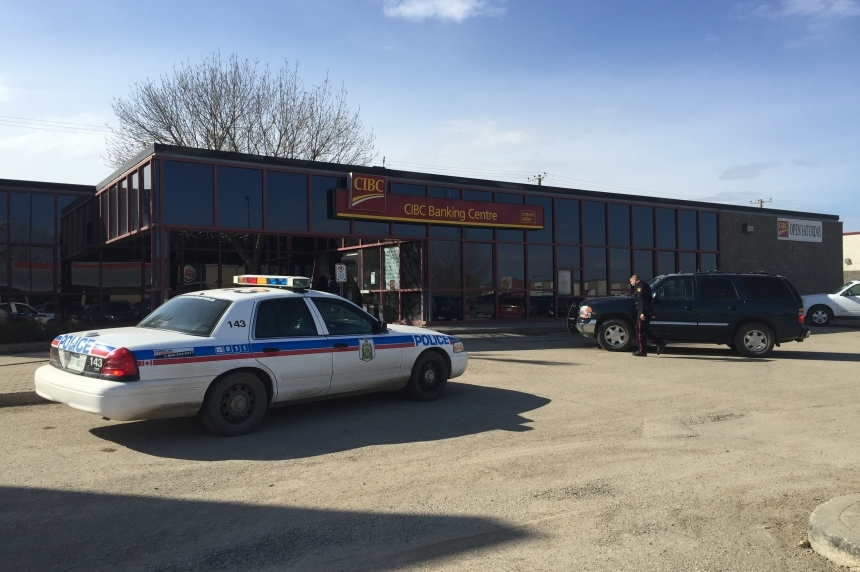 Same suspect in string of daytime bank robberies: Saskatoon police