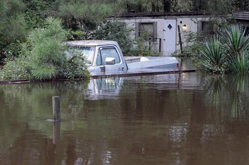 Photos capture extent of South Carolina flooding