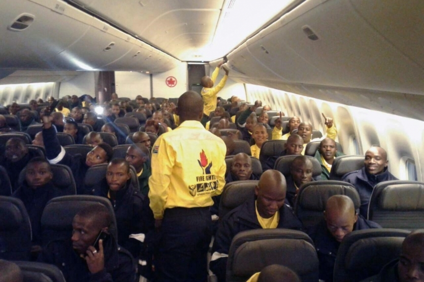 300 firefighters from South Africa arrive to fight flames in northern Alberta