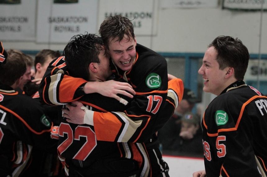 Saskatoon Contacts lose opener at Telus Cup