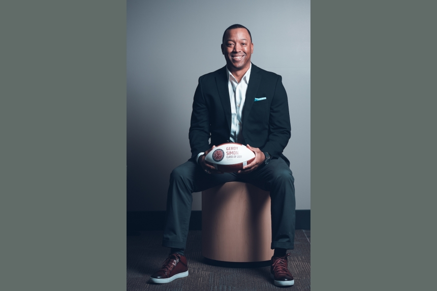 Geroy Simon, Brian Towriss among 6 inducted in Canadian Football Hall of Fame