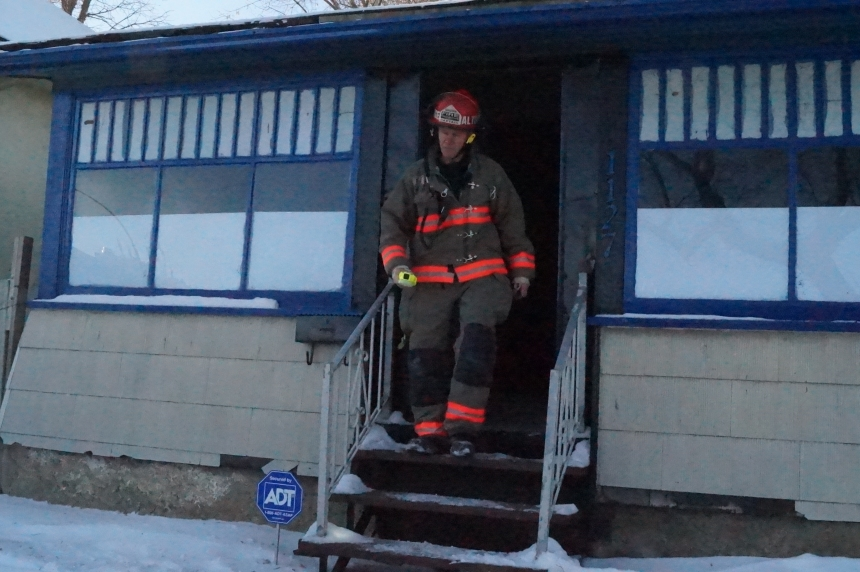 Afternoon house fire blocks traffic on Idylwyld Drive