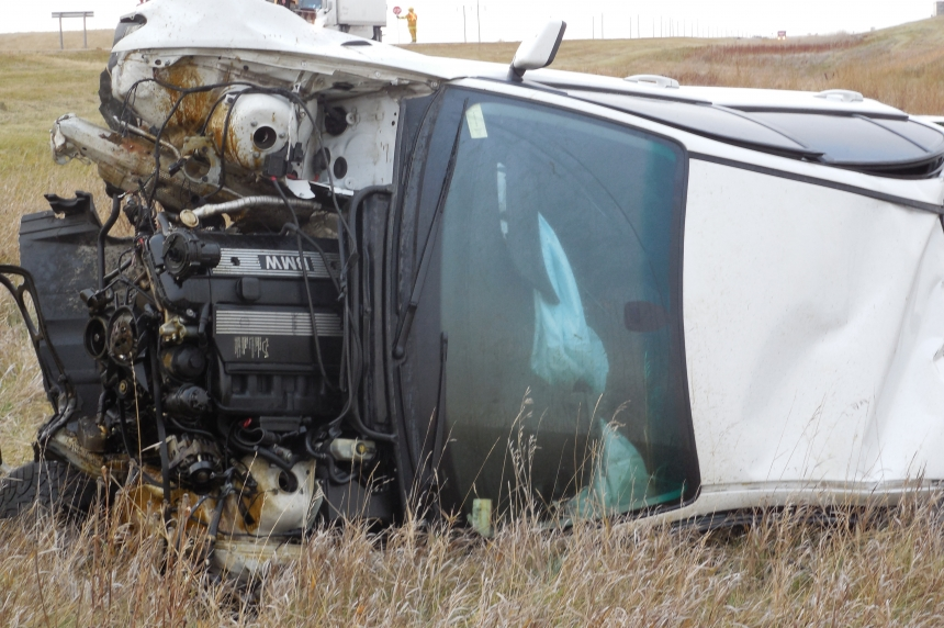 3 Alberta teens injured after stolen car rolls by Mortlach, Sask.