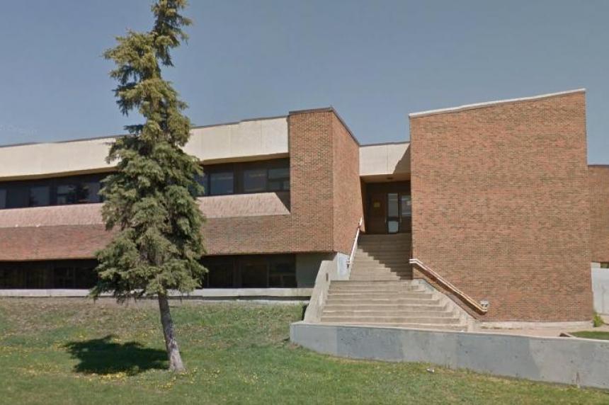 3 east Regina schools secured due to report of gun