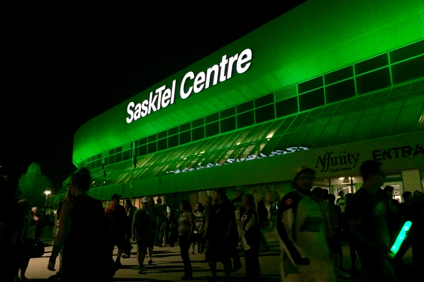 Sask. fans rally as Rush hit the road for championship final