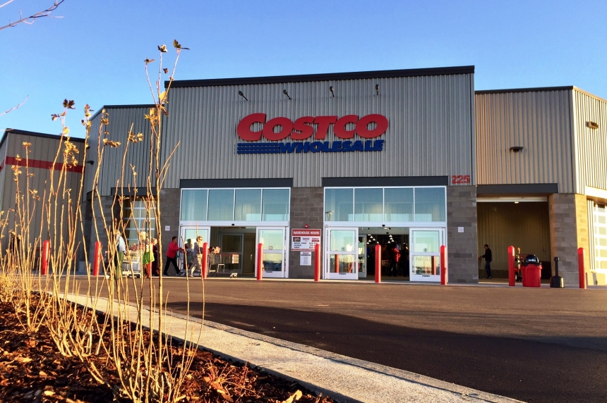 'Long time coming:' Shoppers thrilled as new Costco opens south of Saskatoon