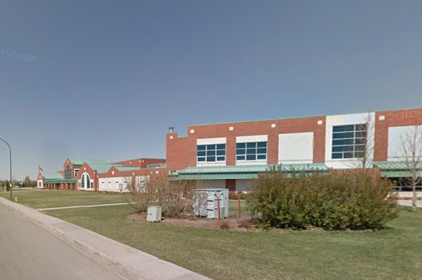 Police investigating threat made to Regina school