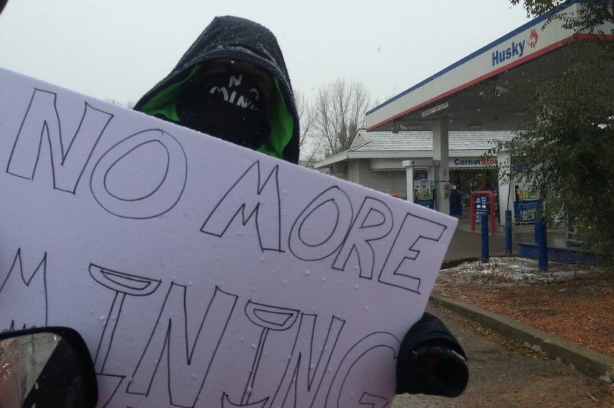 Pipeline protest at Regina gas station
