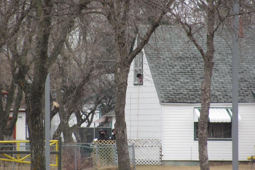 2 taken into custody after 8 1/2-hour standoff in North Central Regina