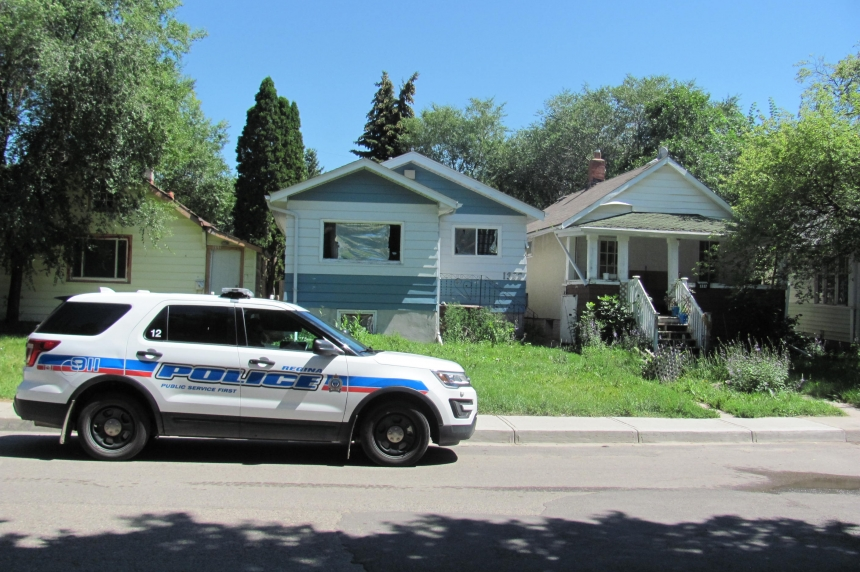 Empty house ends standoff in Regina