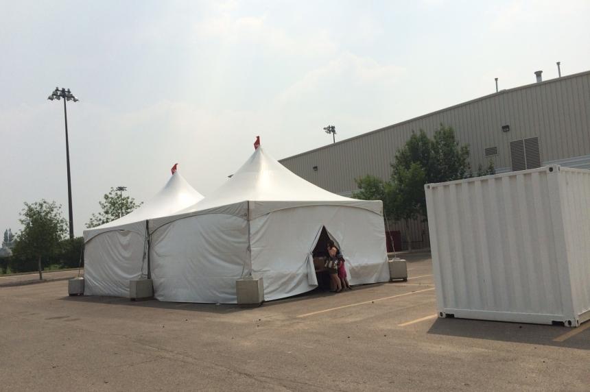 Salvation Army sets up donation tent at Saskatoon fire evacuation shelter