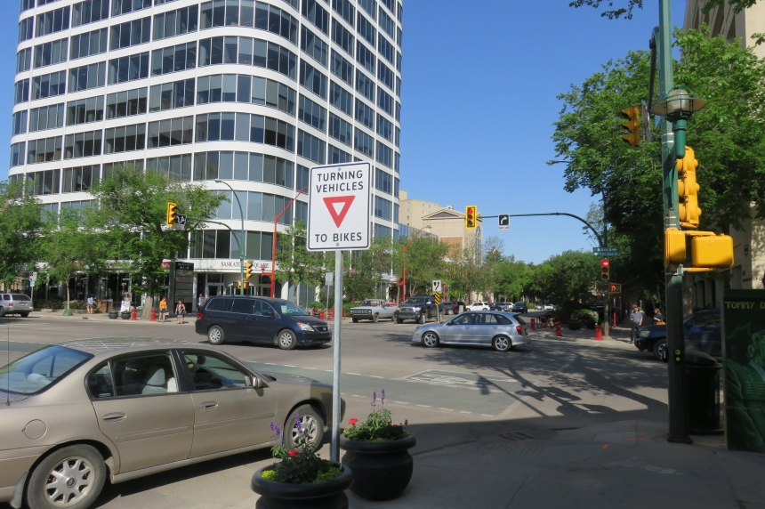 City ends downtown right turn restrictions near bike lanes