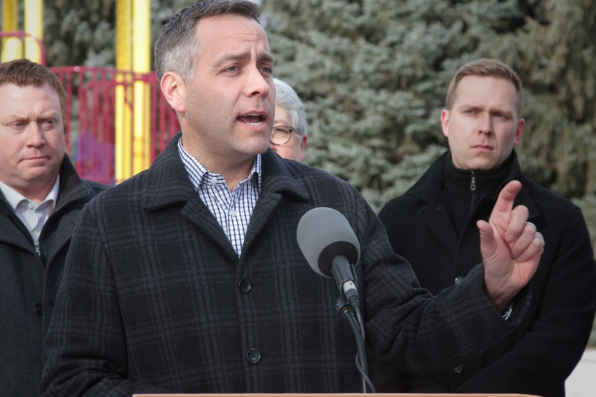 NDP promise to hire 600 education staff