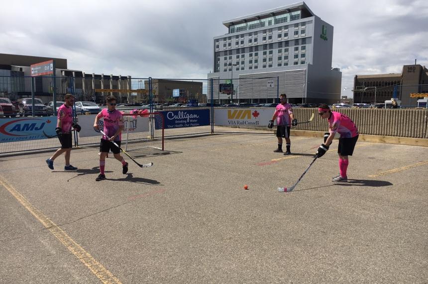 World's biggest road hockey tournament makes Saskatoon stop