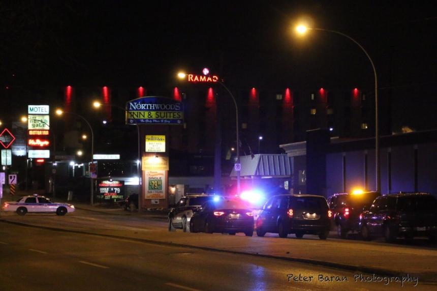 Police investigating possible gunshot at Saskatoon motel