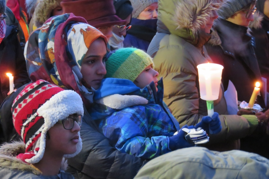 Solidarity vigil in Saskatoon draws over 1,000 people