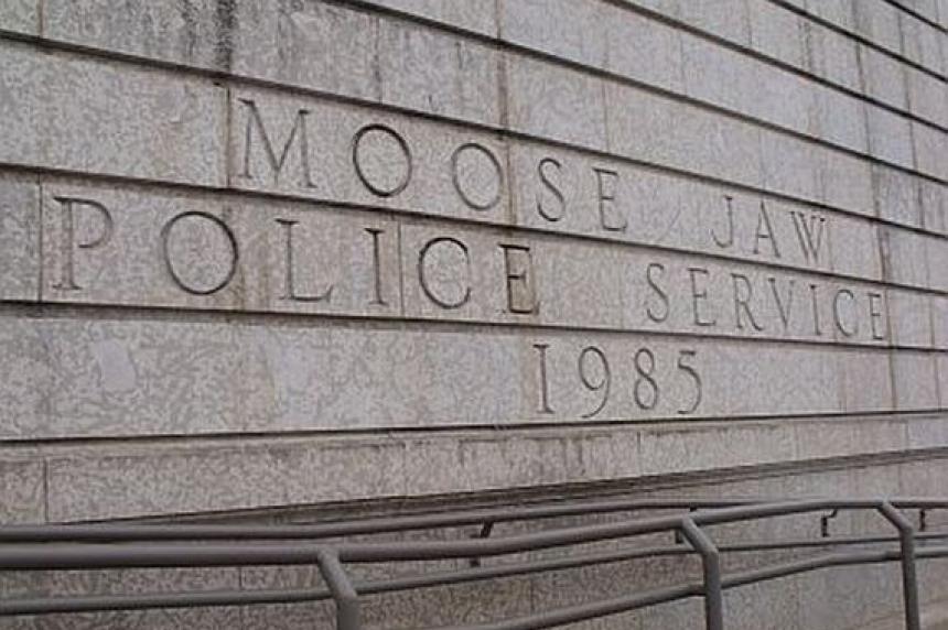 Moose Jaw police seek suspicious truck