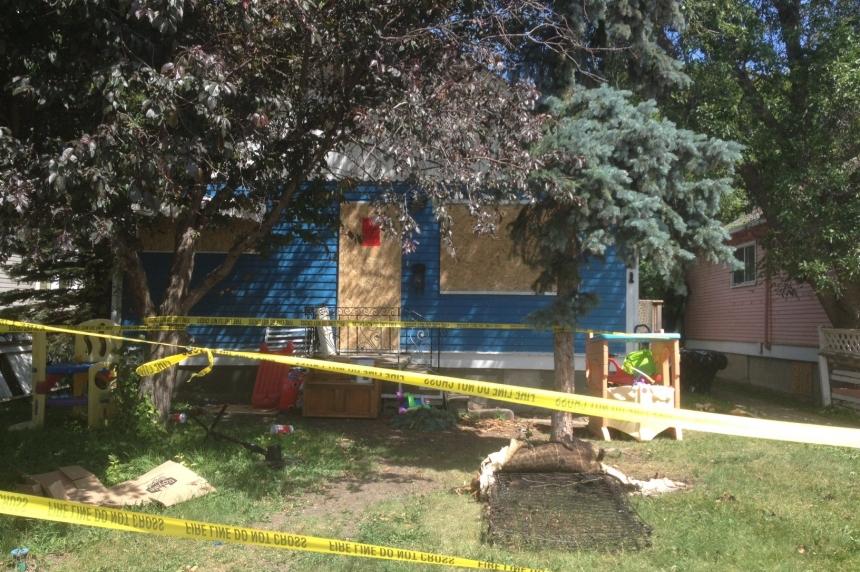 Cat killed in Regina house fire
