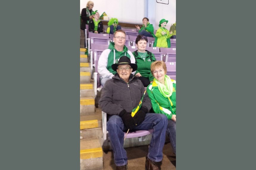 Family cheers on Team Saskatchewan at the Scotties