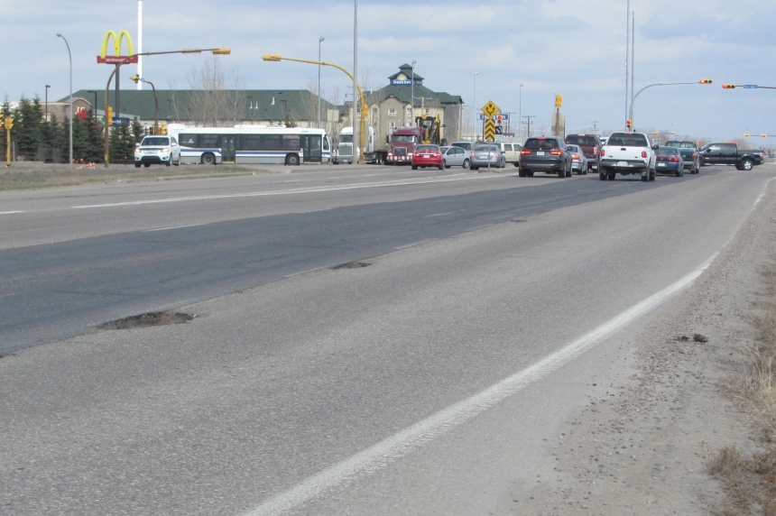 Construction to restrict Victoria Avenue at Ring Road overpass