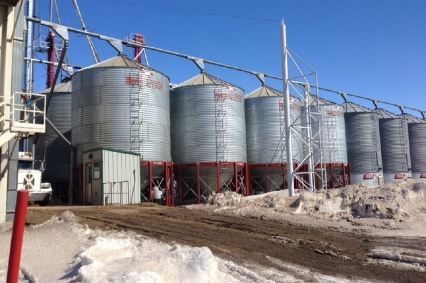 Sask. farmers in Ottawa to talk grain backlog with Senate