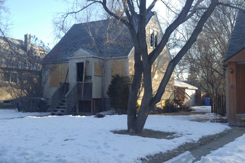 Man found dead after fire at Regina home