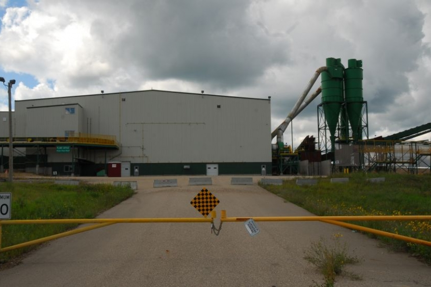 Man dies while doing maintenance at Big River sawmill