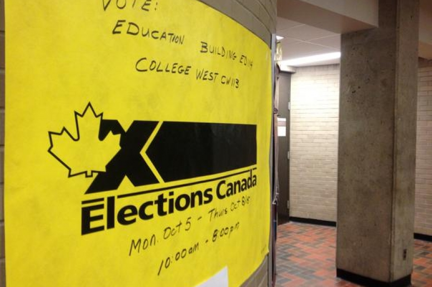 U of R students vote in home ridings in special advance polls