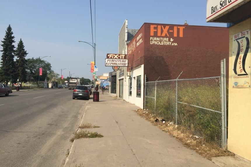 Saskatoon 911 call takers negligent in slow crash response time: report