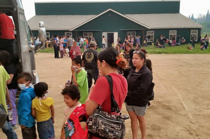 Sask. coming together to help wildfire evacuees