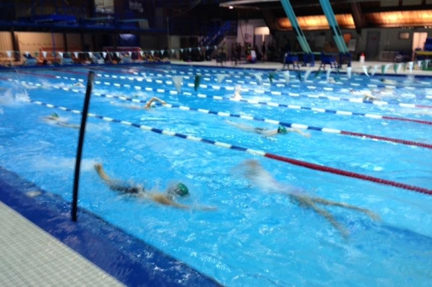 Regina's Lawson pool reopens, Sandra Schmirler closes for maintenance