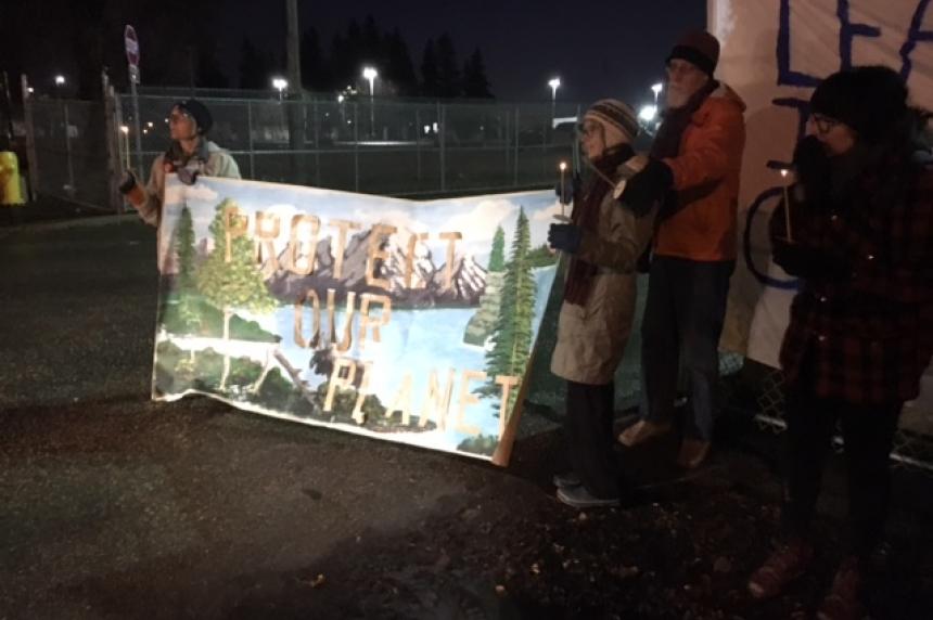 'No more oil:' Protestors take aim at pipelines outside Sask. premier's reception