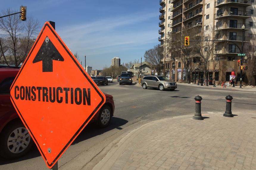 Broadway road closures, bus rerouting begins in Saskatoon Monday
