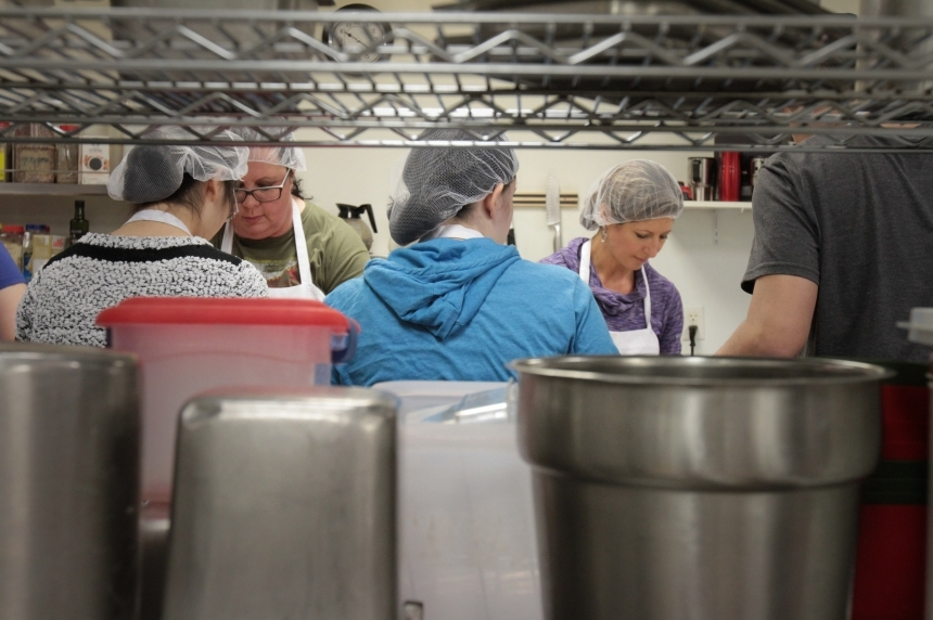 600 meals to be served during Friendship Inn's annual Christmas lunch