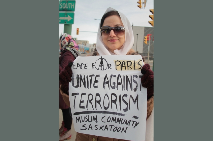 Saskatoon Muslims answer questions, promote unity over Paris attacks