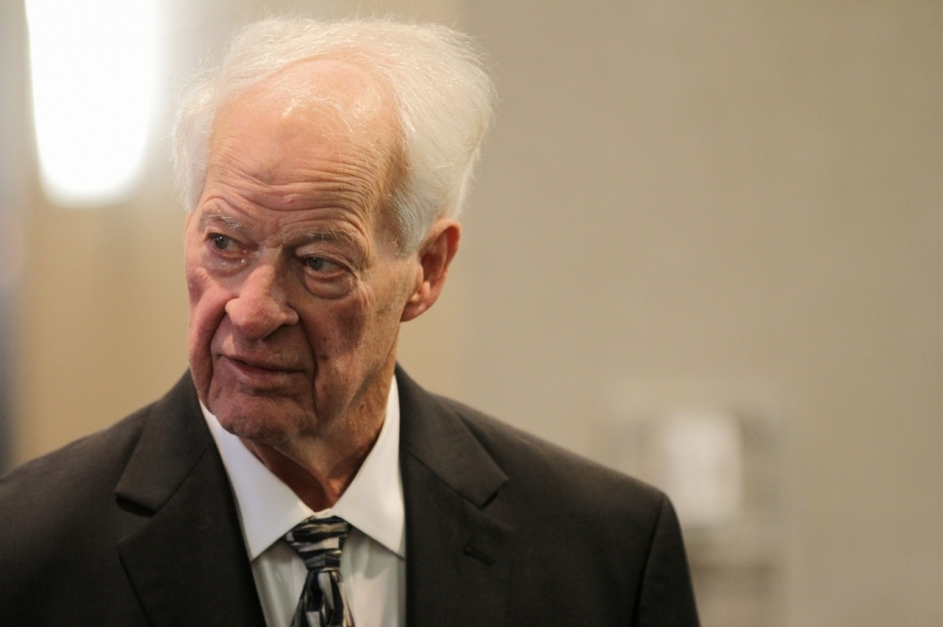 Gordie Howe recovering well following last year's stroke