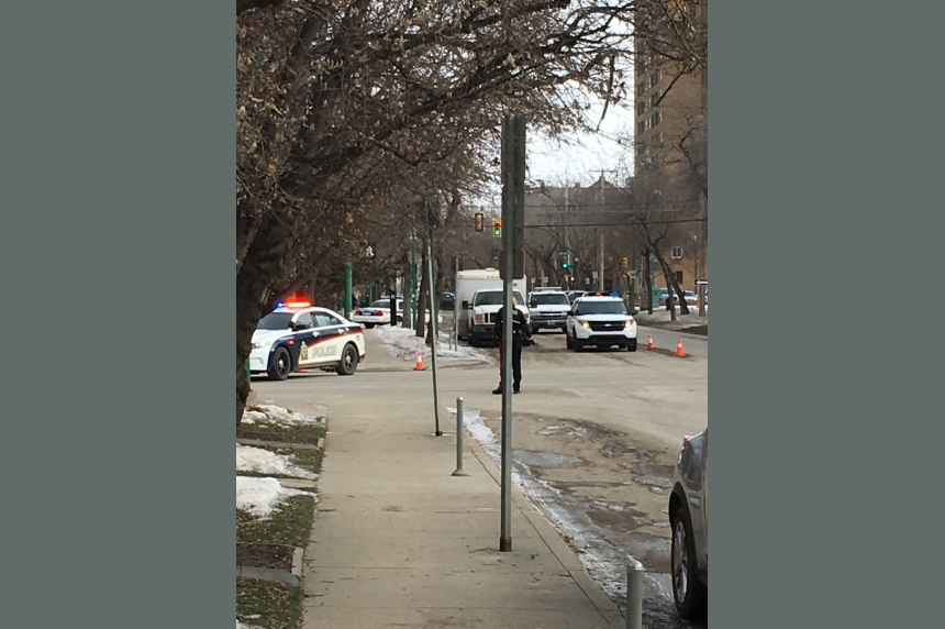 Bomb scare prompts downtown traffic shutdown in Saskatoon
