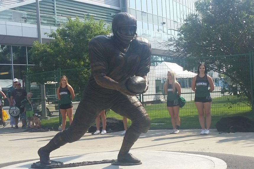 Riders unveil statues honouring Lancaster, Reed
