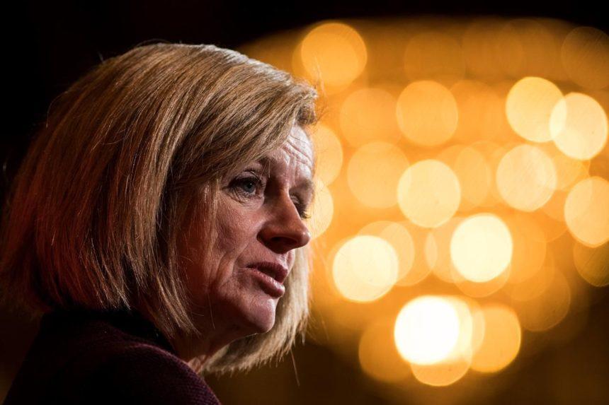 Edmonton Eskimos should have conversation about changing name: PM, Notley