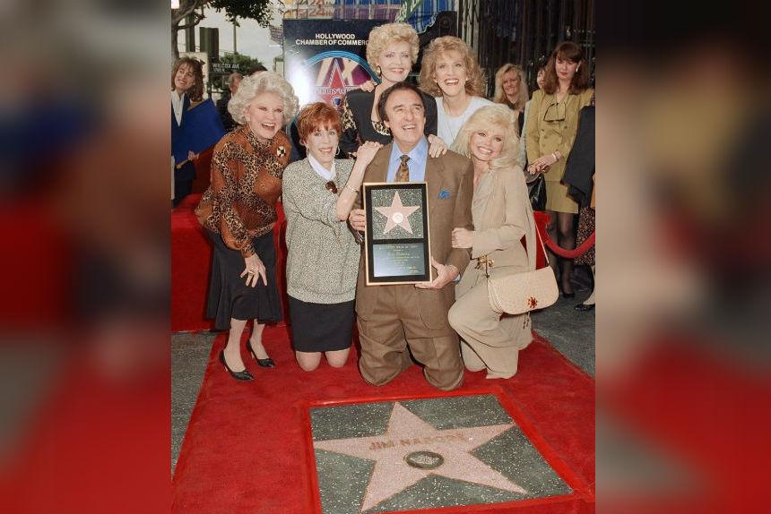 Jim Nabors, TV's homespun Gomer Pyle and singer, dies at 87