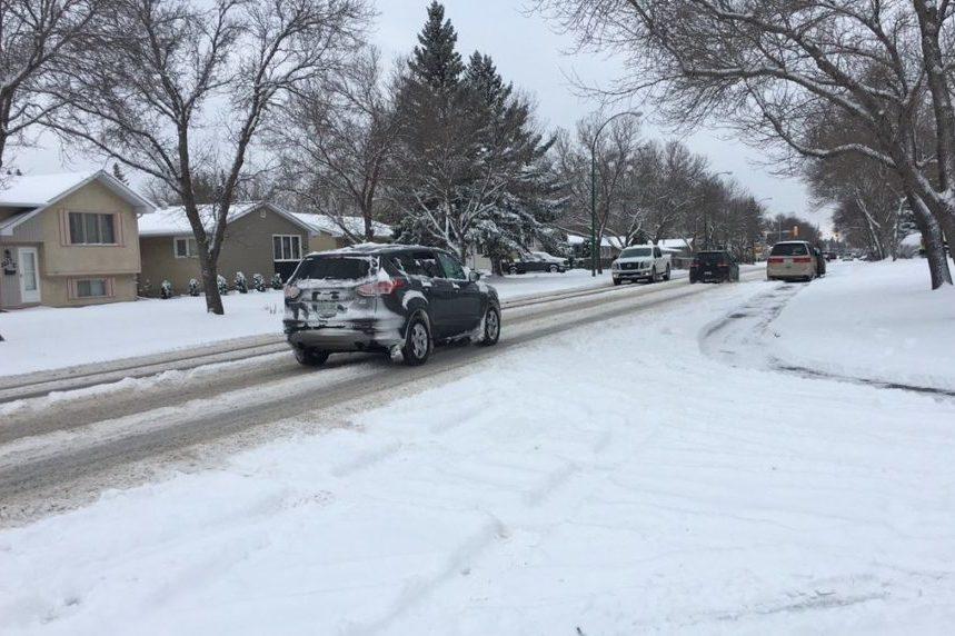More light but consistent snow for Regina Saturday