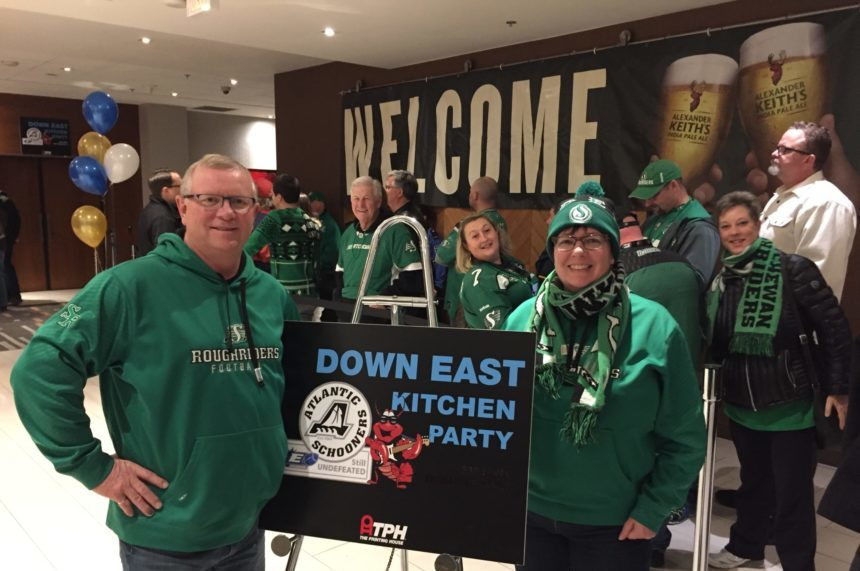Rider green sticks out in Ottawa for Grey Cup