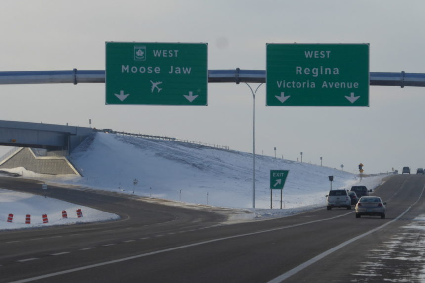Drivers confused by conflicting signage for Regina Bypass