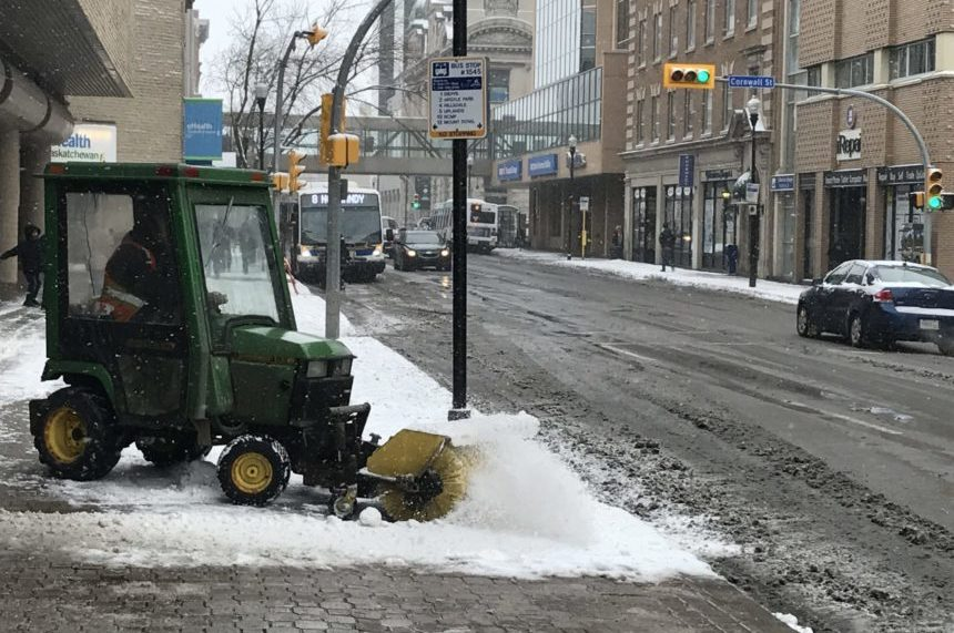 Snow blankets south Sask. for third day in a row