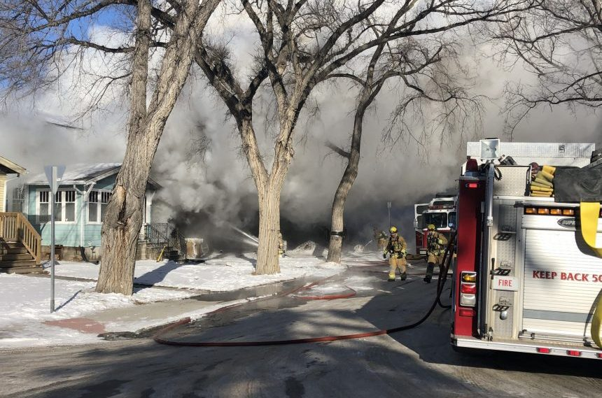 3 homes damaged in mid-morning North Central house fire