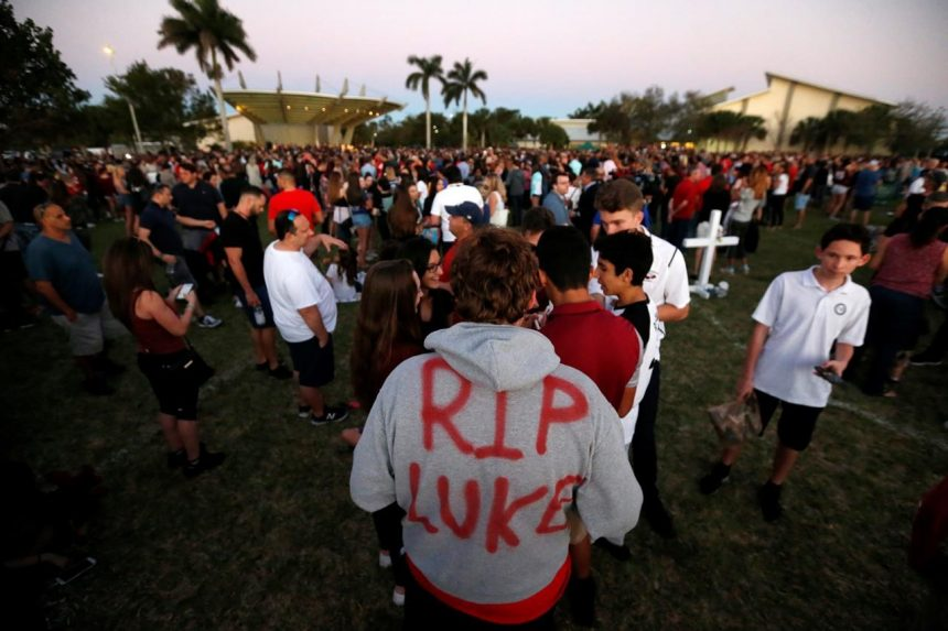 17 lives lost too soon mourned after Florida school shooting