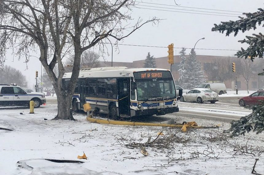 Spring storm wreaks havoc across southern Sask.