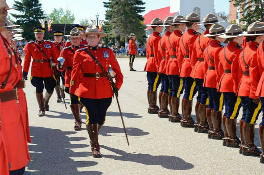 Fallen Sask. police, peace officers honoured in annual memorial